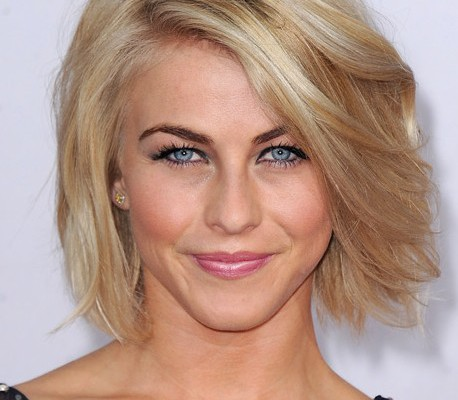Julianne-Hough-Short-Bob-Hairstyle.jpg
