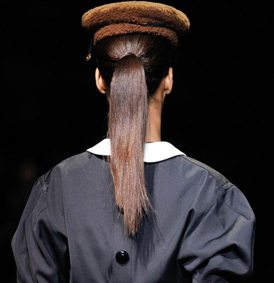 Ponytails-Hair-Trend-at-Louis-Vuitton1