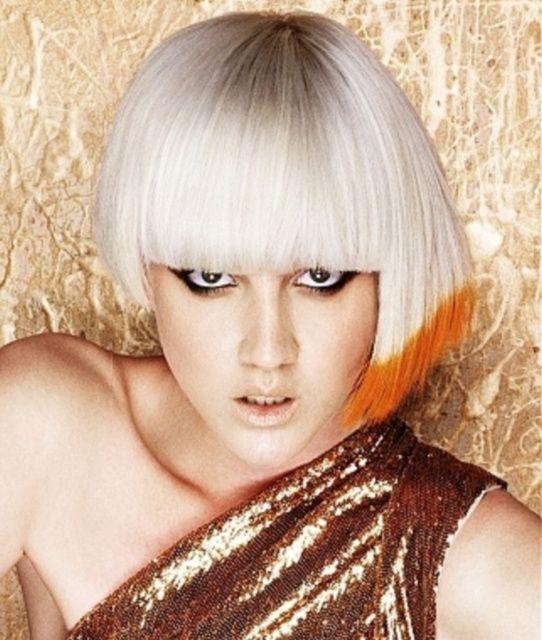 Žiarivé farby na vlasoch