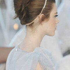 Vyčesané účesy pre krátke vlasy